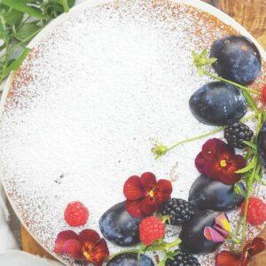 blackberry victoria sponge